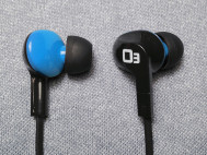 blue-iasus-03-waterproof-earphones-04